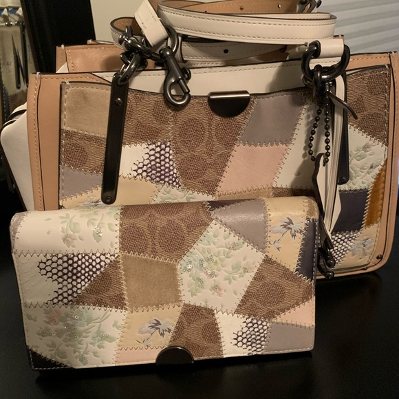 Coach Handbags - Coach patchwork dreamer purse and wallet